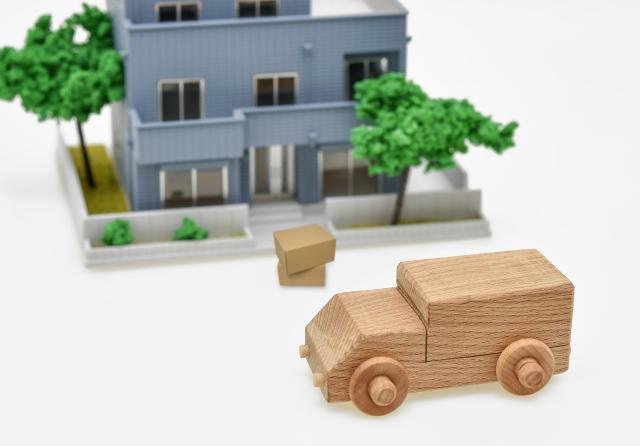 引っ越しの場合、ドコモ光ユーザーは継続利用?それとも乗り換え?